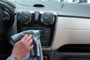 איך לנקות רכב שכור בקלות - ובמינימום מאמץ