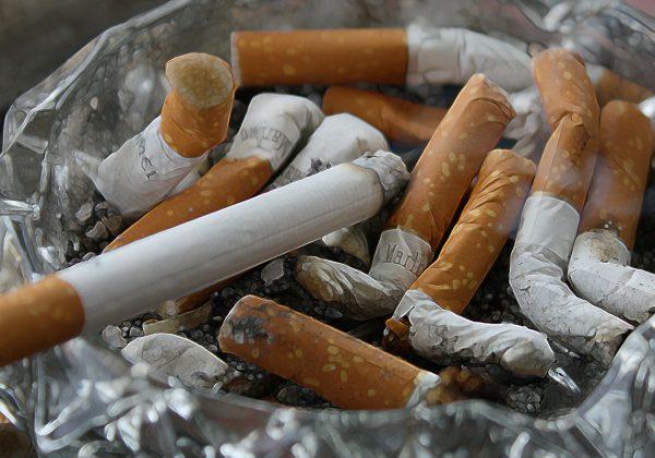 איך שומרים על ניקיון בפינת העישון?